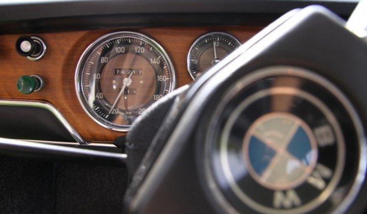 BMW 2000_4