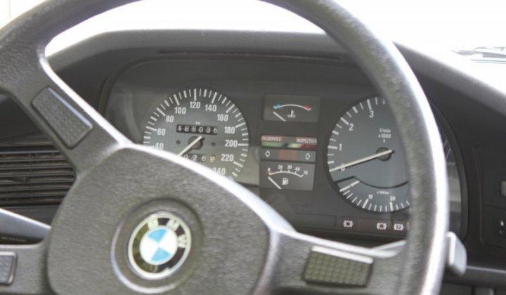 BMW 525i_18