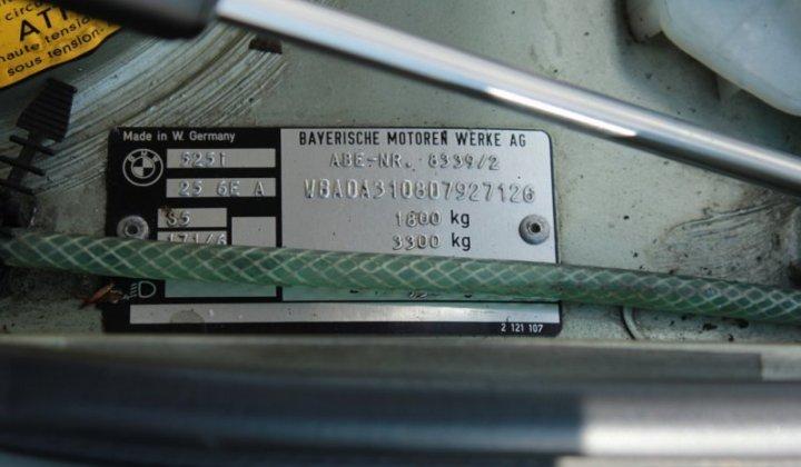 BMW 525i_9