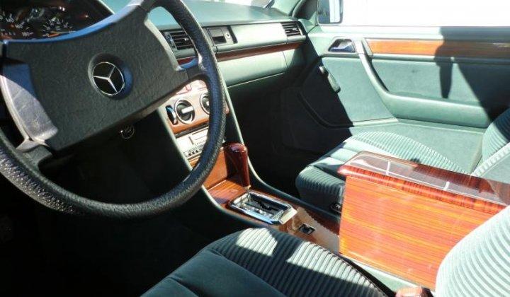 Mercedes W124 004