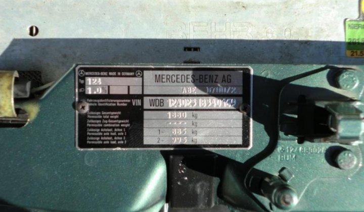 Mercedes W124 035